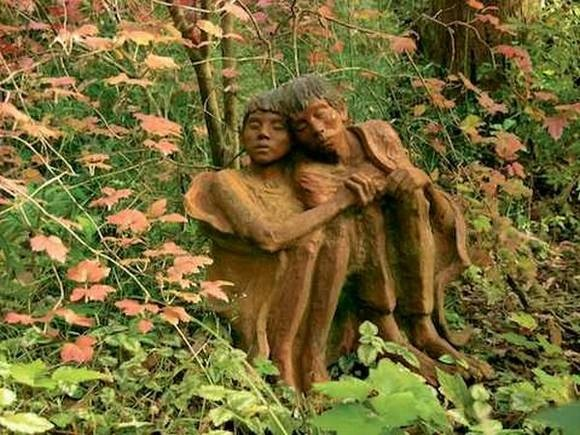 beautiful-wooden-sculptures16